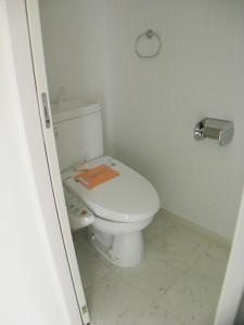 3Fトイレ2